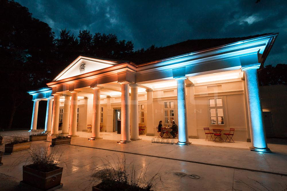 Exterior Building Lighting With Rgb Led Lights Ledco