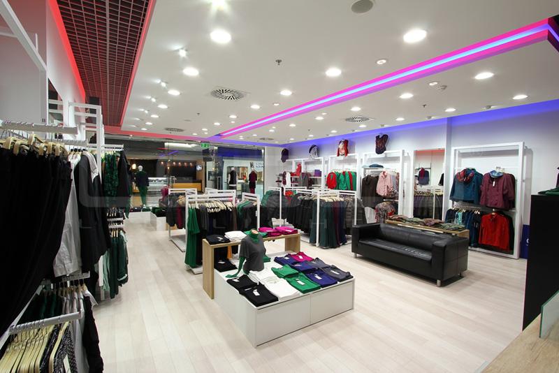 Osvetlenie predajne a obchodu s oblečaním LED svietidlami | LEDCO
