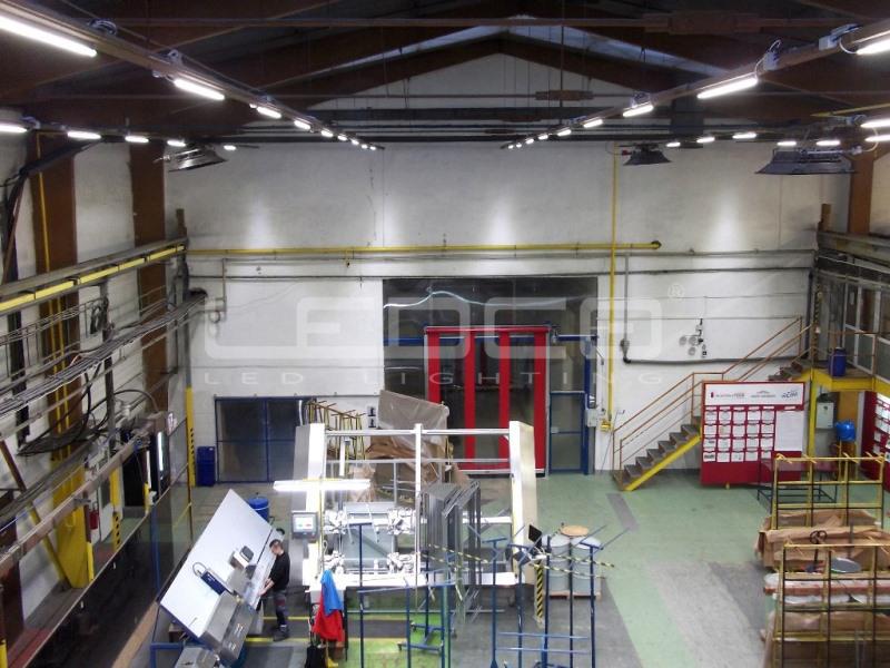 LED priemyselné osvetlenie vo výrobnej hale