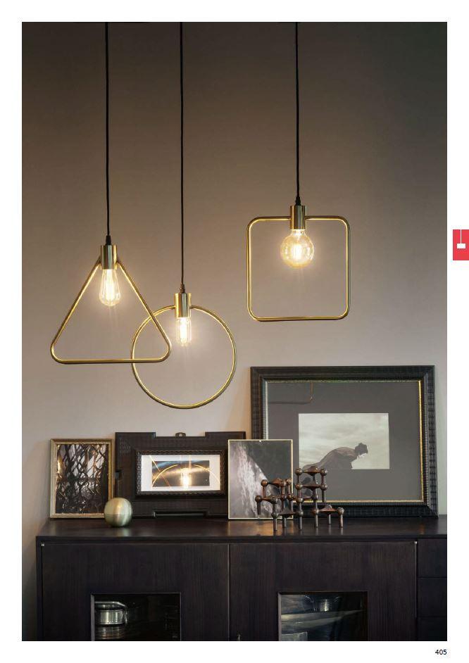 Široký výběr skleněných lamp, jakož i různé plechové či dřevěné svítidla Ideal Lux