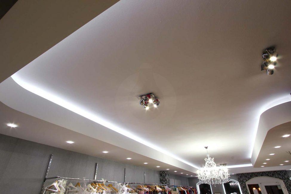 Svadobný salón s LED osvetlením
