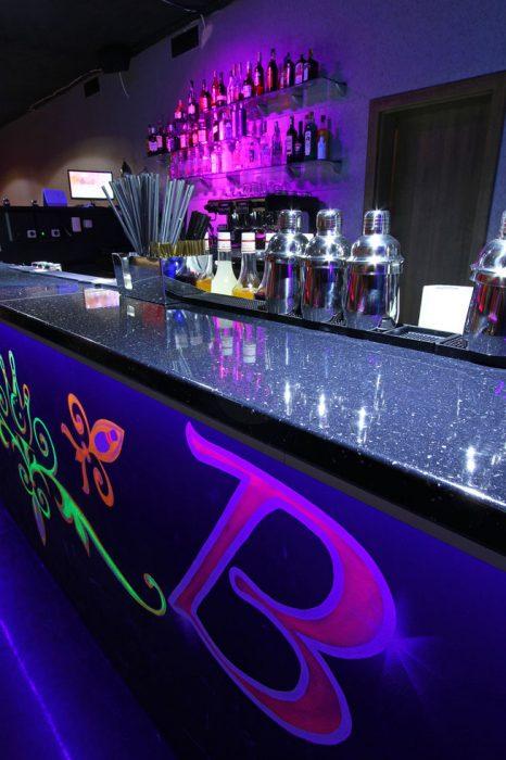 Osvetlenie barovej dosky