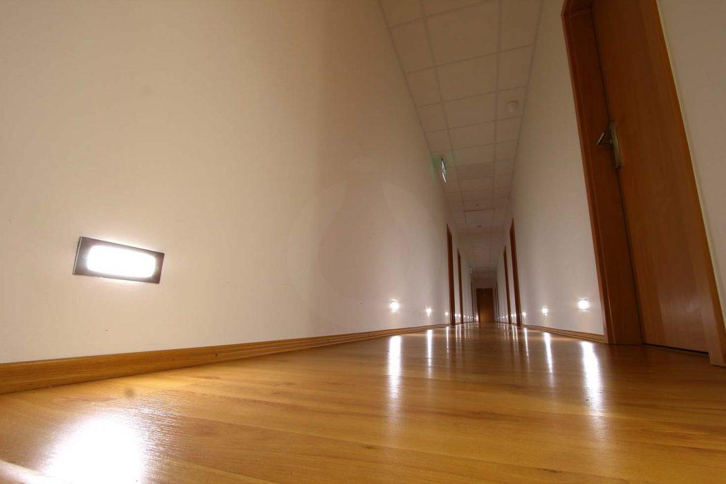 LED illumination of the corridor