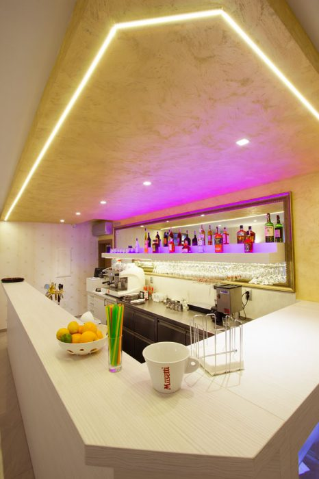 LED osvetlenie baru