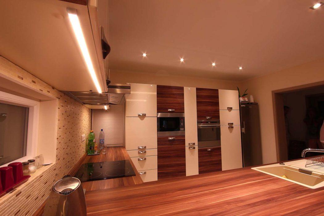 LED illumination of the kitchen