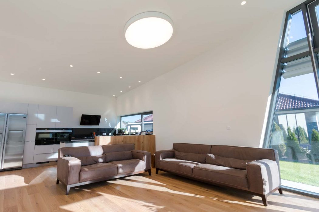 LED lighting of the  living room, woodLED, Trilum, spotlights in the ceiling