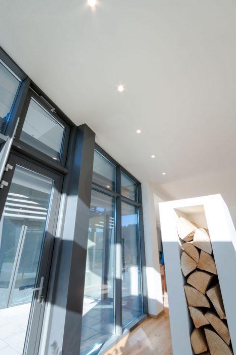 sadrové bodovky, trimless LED v strope, bezrámikové bodovky