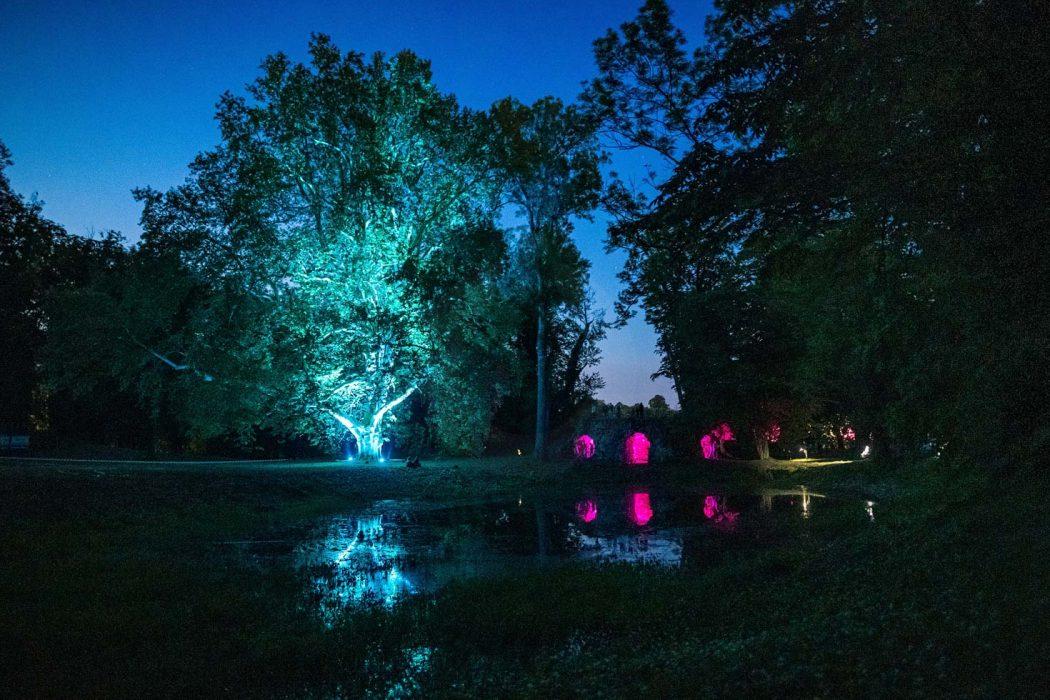 LED osvetlenie stromu, RGB podsvietenie stromu, Lestival