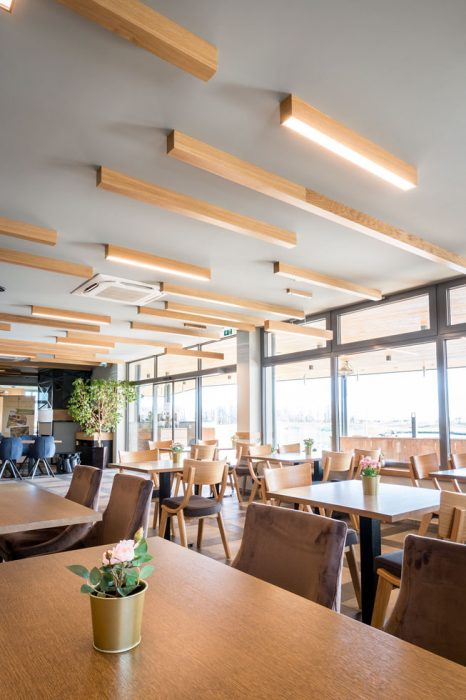 wooden lights in the restaurant, LED in the cafe, woodLED Linus, Trilum