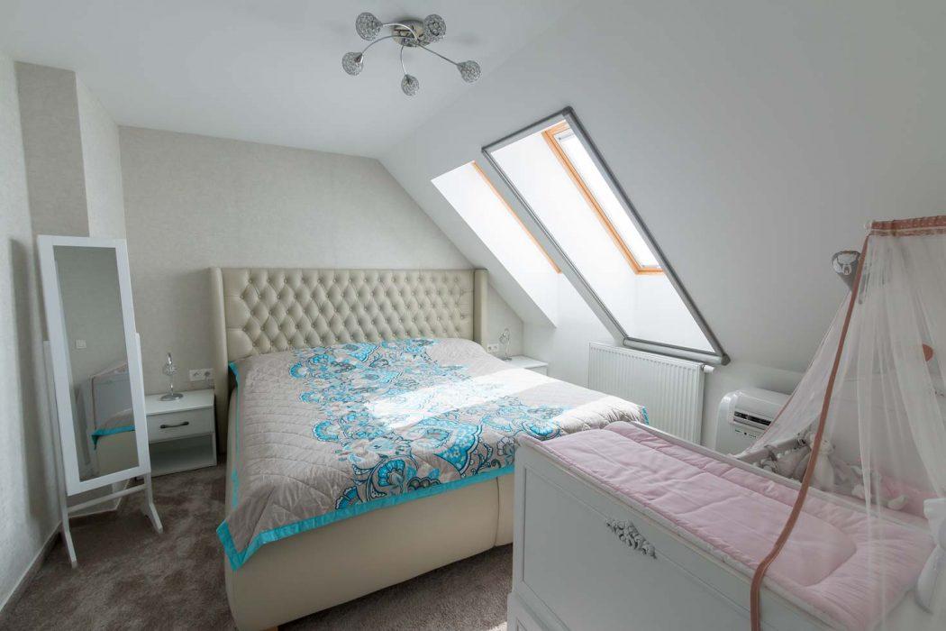 Bedroom lighting, crystal light in the bedroom