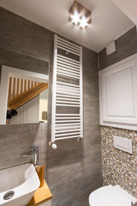 drevená bodovka na toalete, woodLED Spot, osvetlenie wc