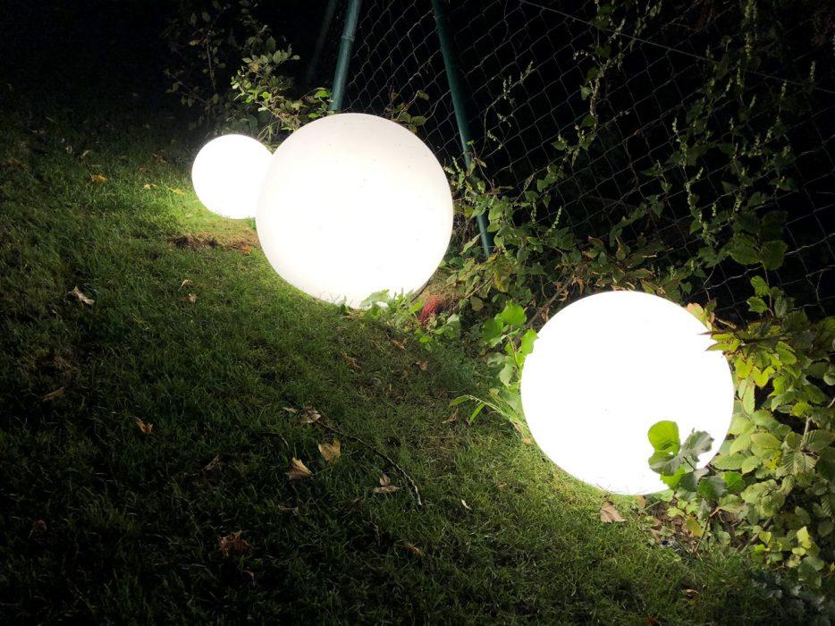 záhradné svetelné gule, osvetlenie záhrady